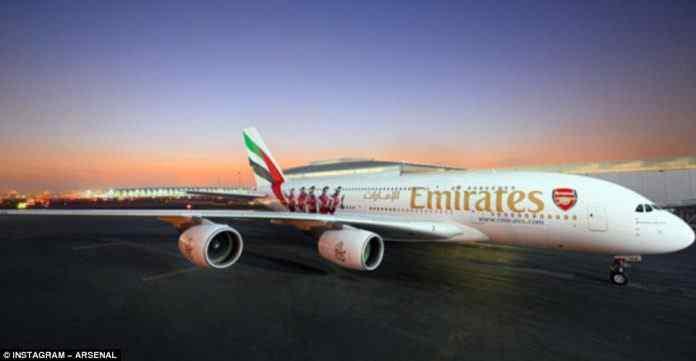 arsenal emirates,new Emirates Airbus A380,arsenal emirates plane,Arsenal plane,Emirates Plane