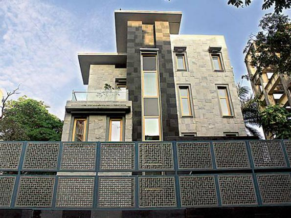 Sachin Tendulkar's house in Bandra, Mumbai - InsideSport