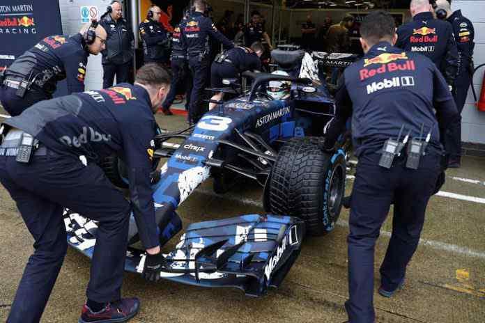 Aston Martin Red Bull racing Team RB!4 Car - InsideSport