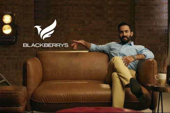 Dinesh Karthik opens #IamKhaki innings for Blackberrys - InsideSport