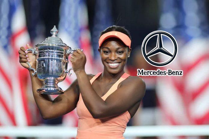 Mercedes-Benz signs tennis star