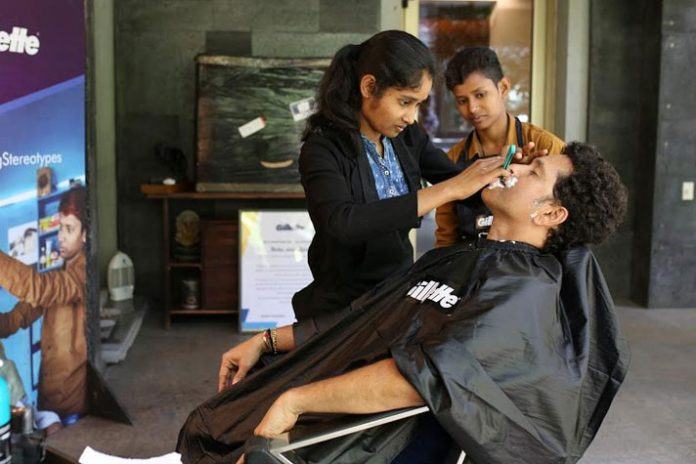 Sachin Tendulkar,Sachin Tendulkar Lifestyle,Sachin Tendulkar Daily Life,Gillette brand ambassador,Sachin Tendulkar Brands
