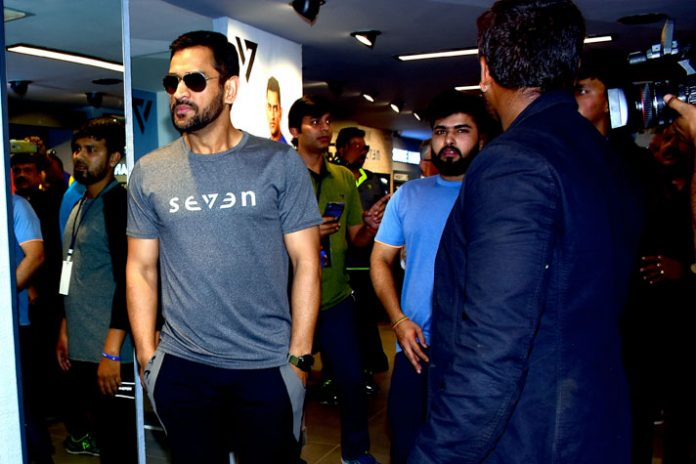 Brand SEVEN offers an opportunity to meet MS Dhoni