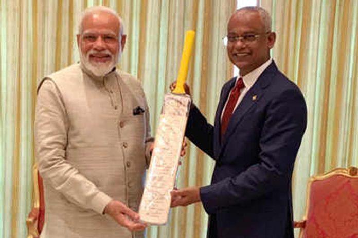 Focus on cricket diplomacy as PM Modi gifts bat to Maldives prez Solih