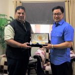 IOA secretary general discusses IOC ban with sports minister