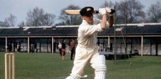 Don Bradman,James Sanders,Ashes series,Don Bradman Employment,Donald Bradman bat auction