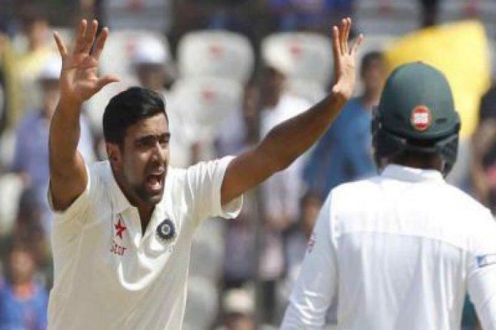 Ravichandran Ashwin,Indian Cricket Team,Muttiah Muralitharan's feat,India vs South Africa Test Series 2019,Test Series 2019