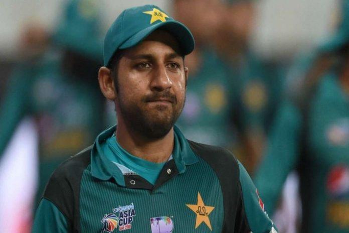 ENG vs PAK, 3rd ODI: Pakistan's Sarfaraz Ahmed, Shadab Khan engage in fight during final ODI
